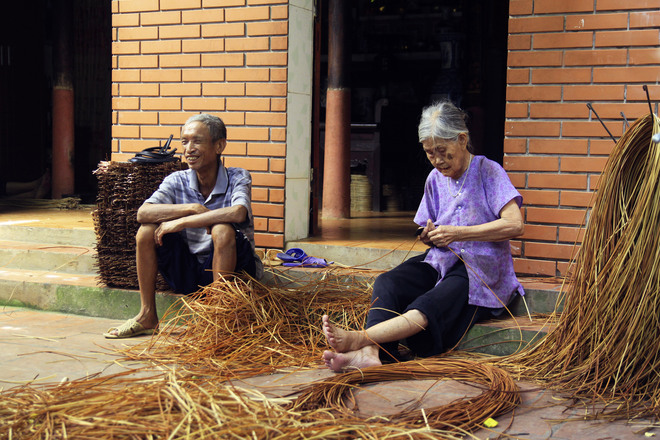 guot weaving wicker craft vilage vietnam